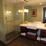 bathroom in 1 bedroom condo, bld 22