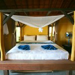 beach bungalow inteior