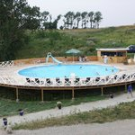 Swimmingpool m. 2 dybder, 140 cm og 40 cm, GRATIS at benytte