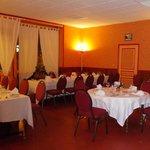 une partie de la salle pour la soiree beaujolais