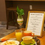 Photo de Orange Tree Hotel & Cafe