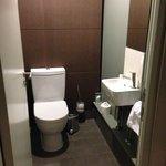 Toilet; compact & bijoux!