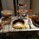 Torta e marmellate fatte in casa