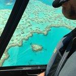 Increible el coral corazon desde el aire