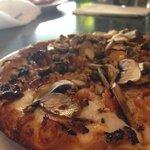 Ojai Pizza