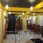 man-j restaurant Dambulla 077-678 86 86