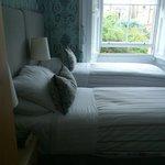 die leider schmalen Betten im kleinen schönen Zimmer