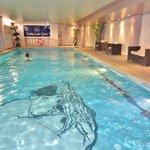 La piscine couverte autorisée aux enfants Novembre