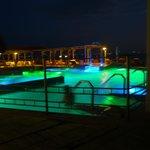 ホテルの温泉プールです