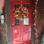 Love a Red Door !