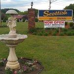 Scottish Inn Sturbridge MA, road sign