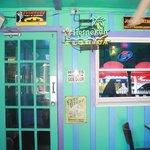 Hippies use side door. :)