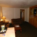 Small Suite 115