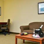 Honeymoon King Suite - Package Deal