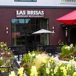 Las Brisas' outdoor patio
