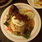 nasi goreng room service