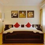 德廷棕櫚河濱飯店