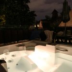 Hot-Tub @ nights