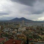 La baie de  Naples et le Vesuve au fond
