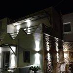 Rena's suites de noche