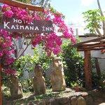 Kaimana Inn Entrance Way