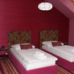 Standard class twin bed room