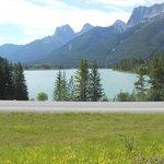 le nodic centre - vue sur le lac et les montagnes