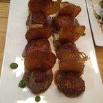 a pièce de bœuf de l'Aubrac jus parfumé aux morilles, moelleux de pommes de terre aux champignon