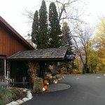 Fox&Hounds Restaurant Entrance1
