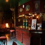 L'intérieur du Schooner pub