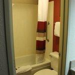 Rockford, Red Roof Inn, Clean Room