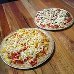 Incredible ground turkey crusted pizza!! A MUST try!!