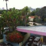 Vista da parte lateral do hotel