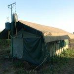 Bidons d'eau sanitaire - Robanda Tented Camp (Wildlands)