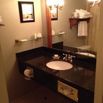 Portland Regency, Bathroom - 4FL