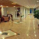Hotel - uno dei tanti corridoi