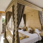 Bed in The Beau