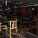 breakfast area and restaurant