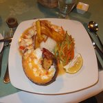 Lobster with rice, vegetables & banana chips