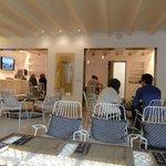 Dining/ Foyer area
