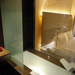 bath room with bath tab