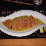 Salmone scottato al sesamo