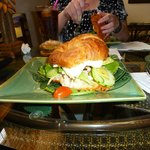 Waimanalo Beach Cafe: The Gorg