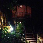 Private Romantic Treehouse