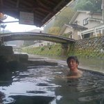 源泉は44℃あるそうです。冬でもぽかぽか!