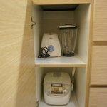 blender and toaster