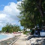 Location of restaurant by beachside sidewalk