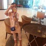 free drinks~hotel lobby