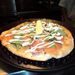 Yummy smoked salmon pizza!!!