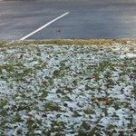 Em frente ao hotel nevando!!!!